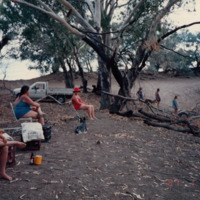 Picnicking on the Darling 1987-01-25